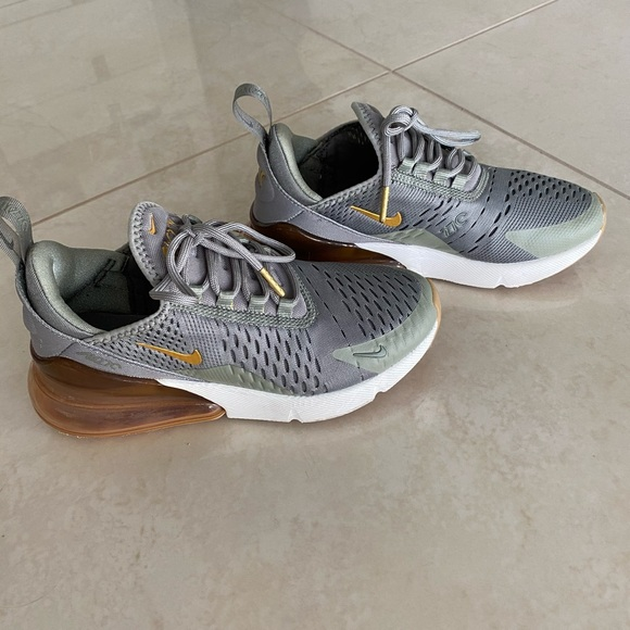 Nike AIRMAX 270 limited edition